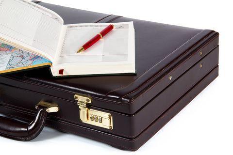 チャンスは、何の前触れもなくやってくる。カバンの中にペンとメモ帳を入れておこう。 | 人生逆転で成功のチャンスをつかむ30の方法