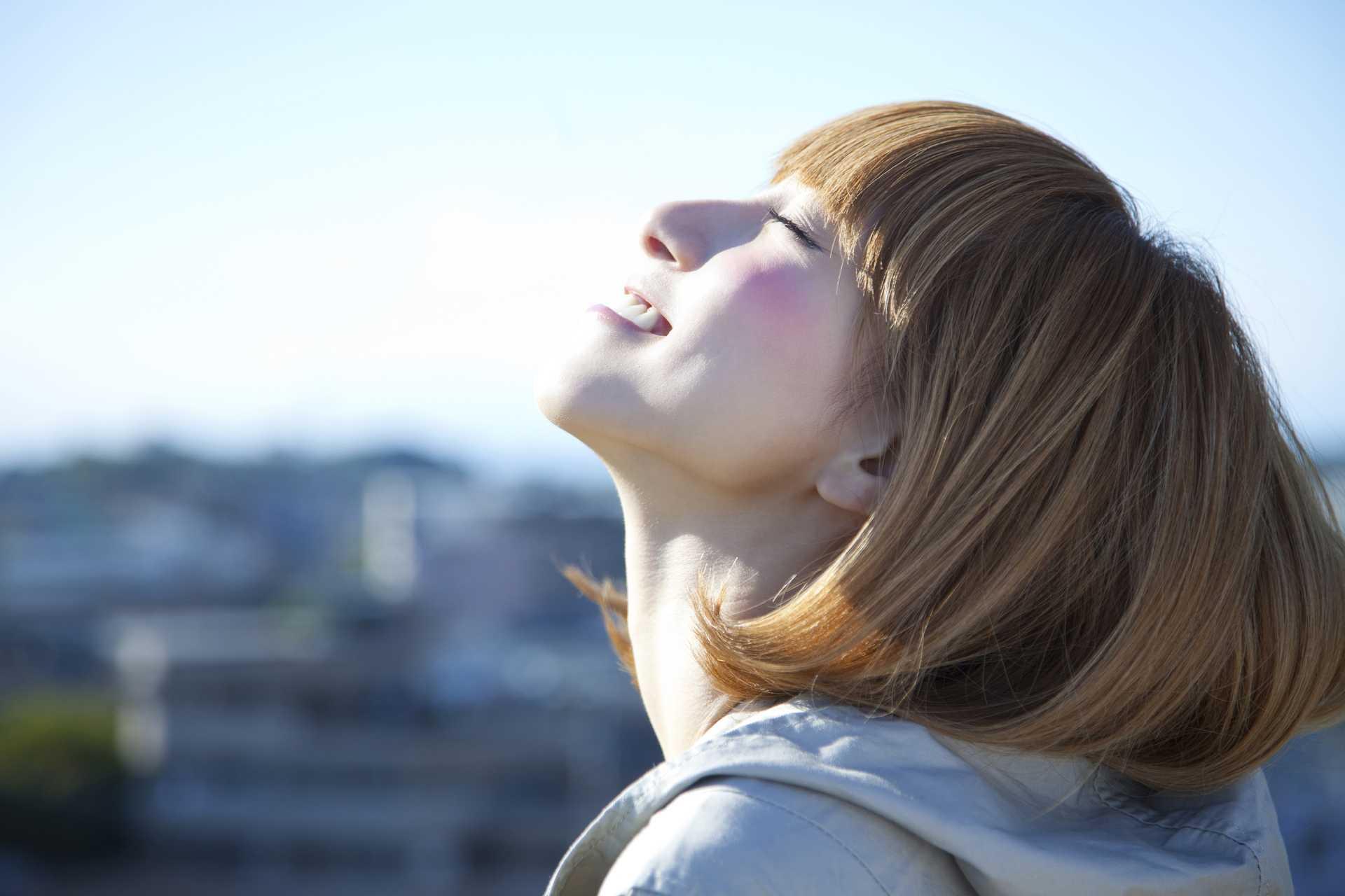 太陽は、人にとってなくてはならない存在である。 | 早寝早起きの生活で人生を変える30の方法