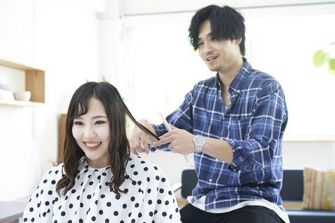 髪を思いきり切ると、過去も思いきり切ることができる。 | 気分転換がうまくなる30の方法