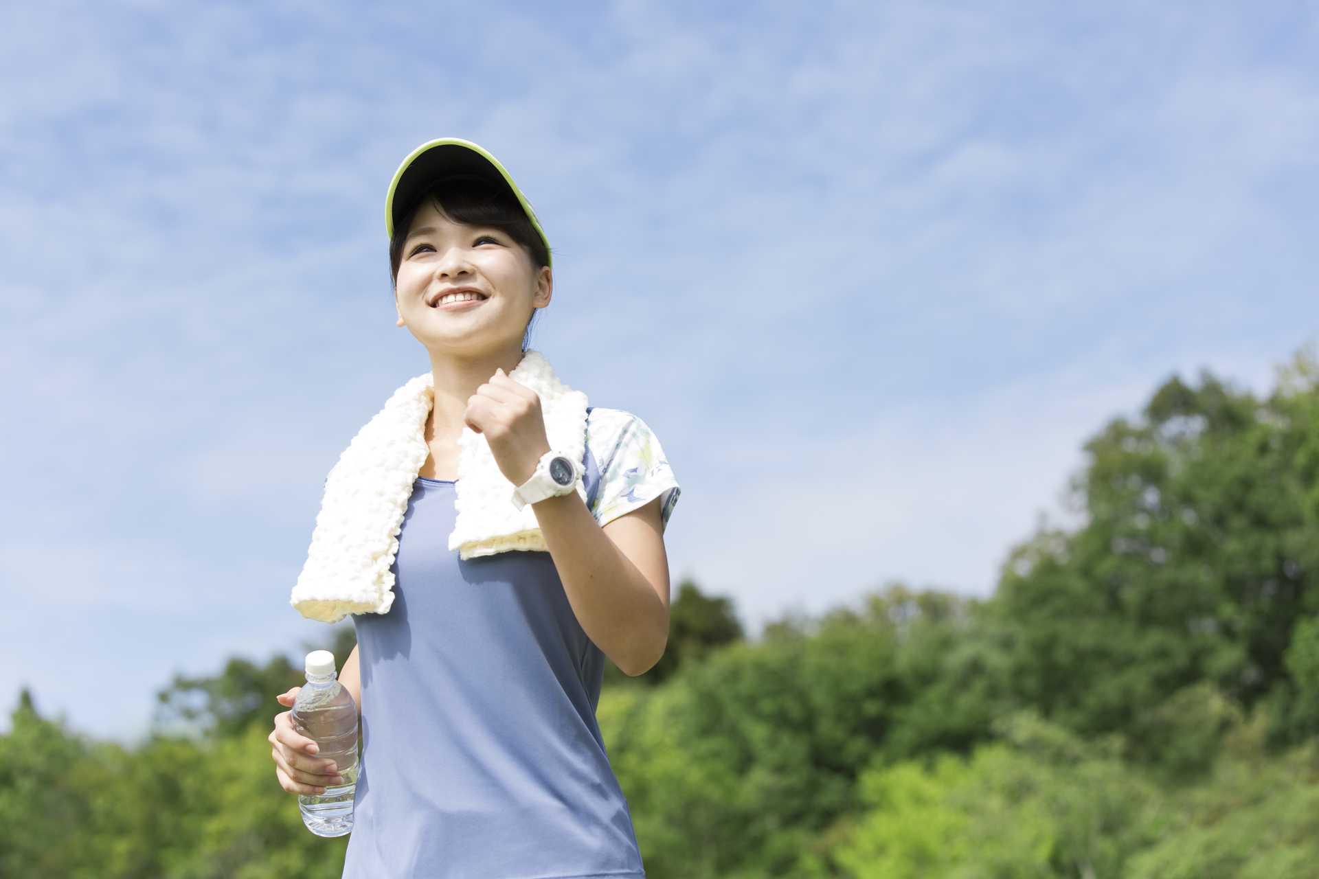 歩くときに大切なのは、歩数や歩幅より、背筋。 | 早朝の散歩習慣のすすめ