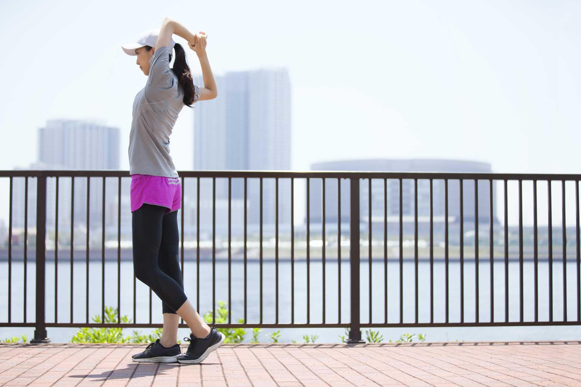 散歩の準備体操は、映画のオープニングと同じ。省略したくてもしないほうがいい。 | 散歩の楽しみ方に気づく30のポイント