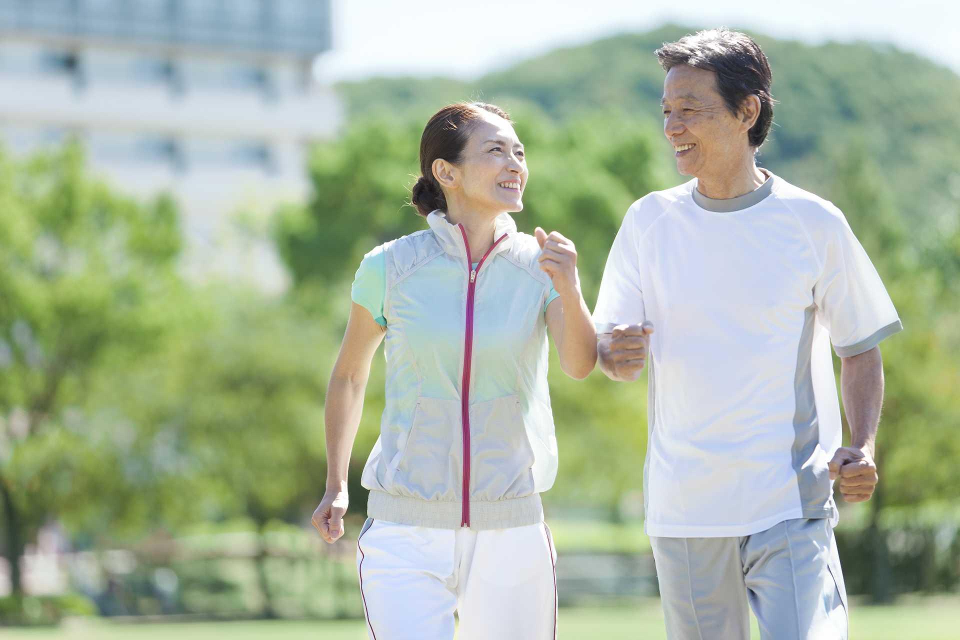 年を取るにつれて、運動量は増やさなければいけない。   健康のためになる30の散歩術