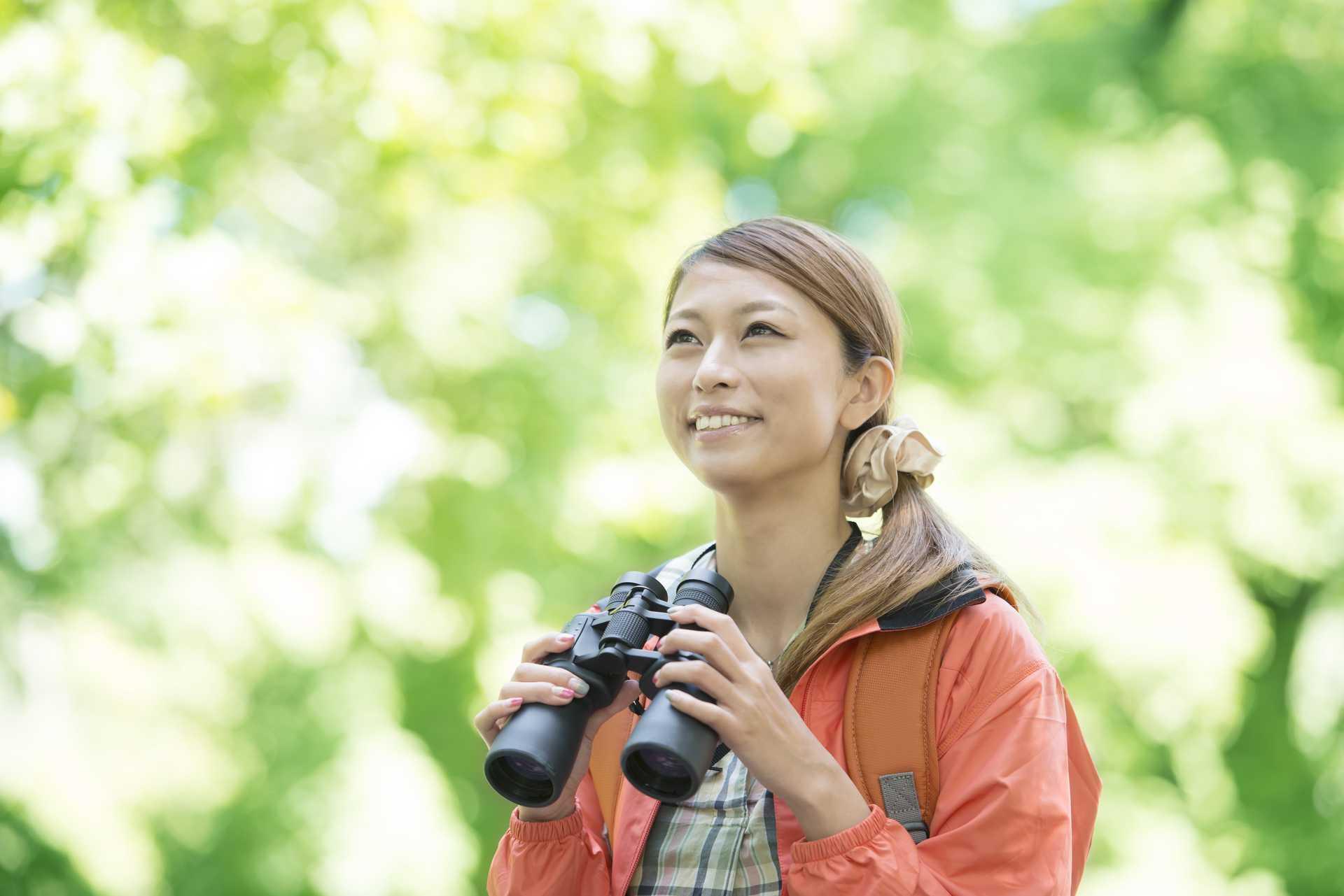 双眼鏡があれば、単なる散歩がバードウォッチングになる。 | 脳を刺激する30の歩き方