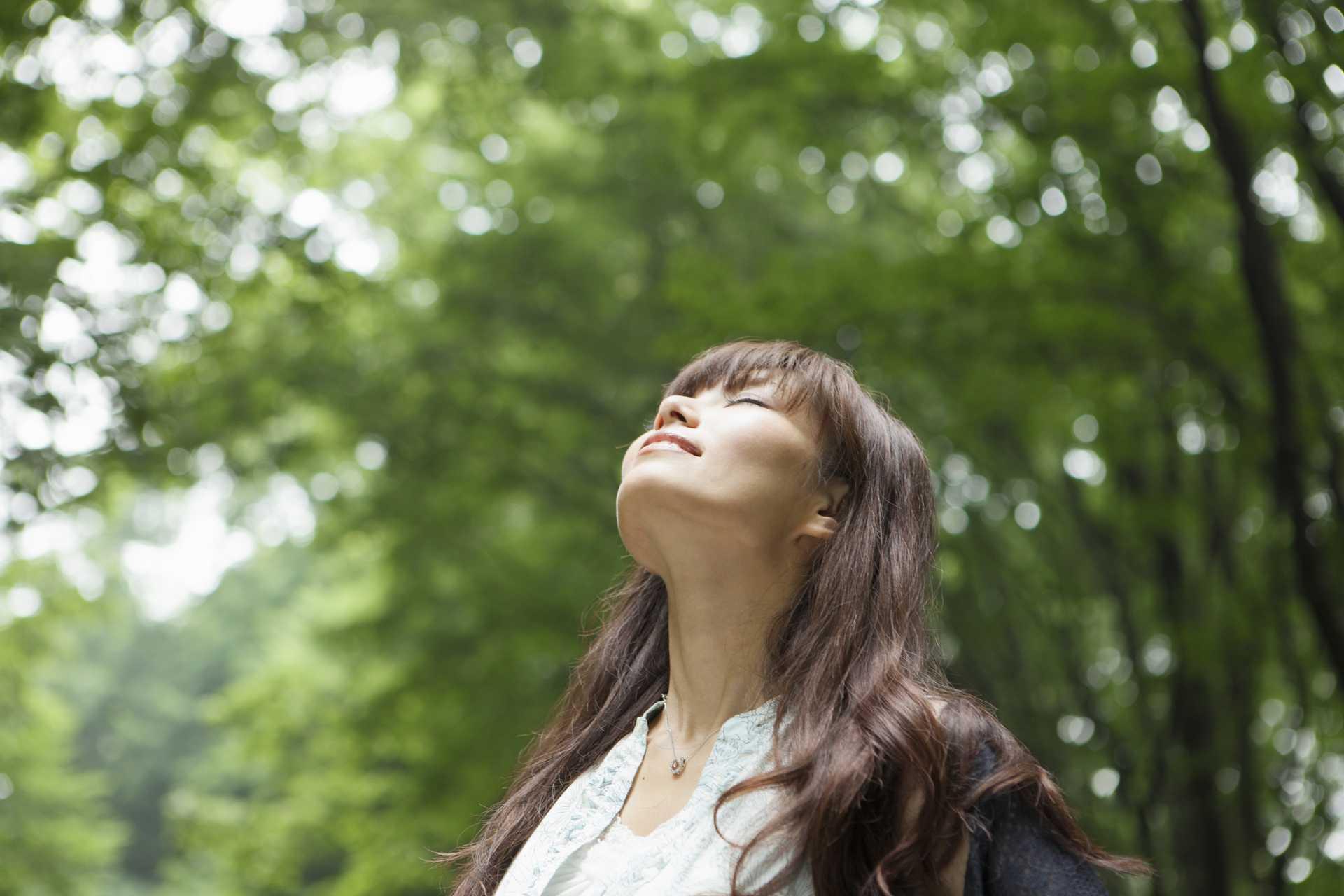 空気は、おいしい食べ物だと意識しながら歩く。 | 脳を刺激する30の歩き方